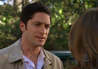 David Conrad in una scena dell'episodio Life on the Line della quarta stagione del serial Ghost Whisperer