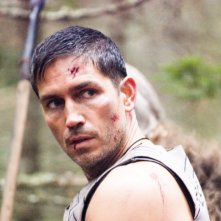 James Caviezel in un'immagine del film Outlander