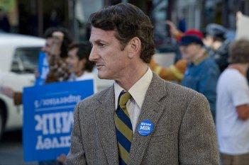 Sean Penn in un'immagine di Milk