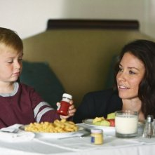 Evangeline Lilly e William Blanchette nell'episodio The Little Prince di Lost