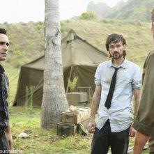 Un momento dell'episodio Jughead di Lost con Jeremy Davies e Nestor Carbonell