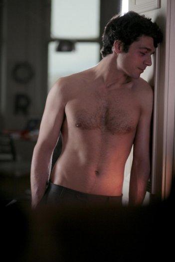 Una foto sexy di Luca Argentero, tra i protagonisti del film Diverso da chi?