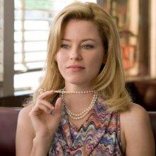 Elizabeth Banks è Rachel nel film The Uninvited