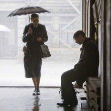 Kate Winslet e David Kross in una scena del film The Reader