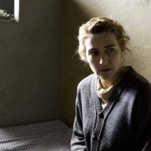 Kate Winslet in una scena del film The Reader