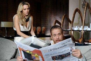 Laura Chiatti e Gabriele Lavia in una sequenza del film Iago
