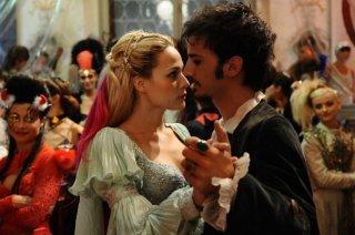 Laura Chiatti e Nicolas Vaporidis in una scena del film Iago