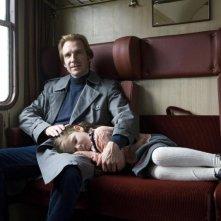 Ralph Fiennes in una scena del film The Reader