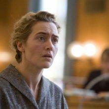 Un primo piano di Kate Winslet, protagonista del film The Reader