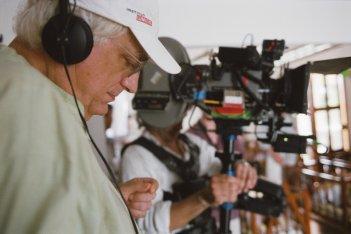 Bertrand Tavernier sul set del film In the Electric Mist in concorso a Berlino 2009