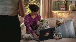 Jessica Stroup in una scena dell'episodio By Accident di 90210