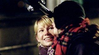 Michelle Williams e Sophie Nyweide nel film Mammoth