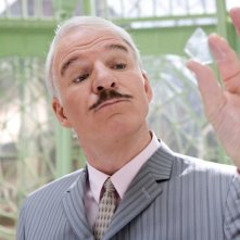 Steve Martin torna a vestire i panni dell'Ispettore Clouseau nel film La pantera rosa 2