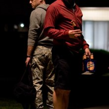 Ben Foster e Woody Harrelson in una scena del film The Messenger