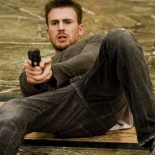 Chris Evans in una scena del film Push