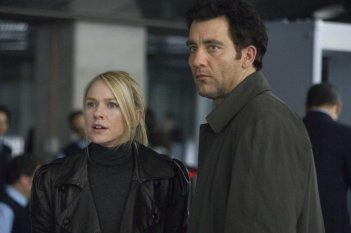 Naomi Watts e Clive Owen sono i protagonisti del film The International