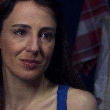 Valentina Carnelutti in una scena del film Una notte blu cobalto