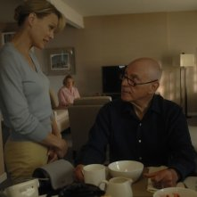 Alan Arkin e Robin Wright Penn in una scena di The Private Lives of Pippa Lee