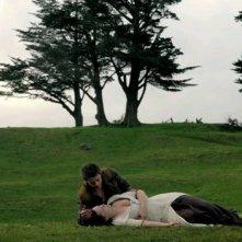 Bridget Regan con Craig Horner in una scena nell'episodio 'Elixir' della serie Legend of the Seeker