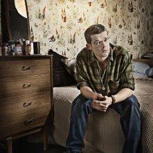 Russell Tovey è George in una foto promozionale di Being Human
