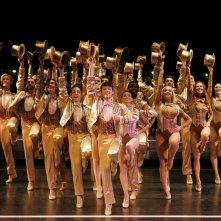 Una sequenza del documentario Every Little Step, incentrato sulla genesi e la realizzazione del musical A Chorus Line