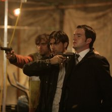 Gareth David-Lloyd in una sequenza dell'episodio 'Meat' della serie Torchwood