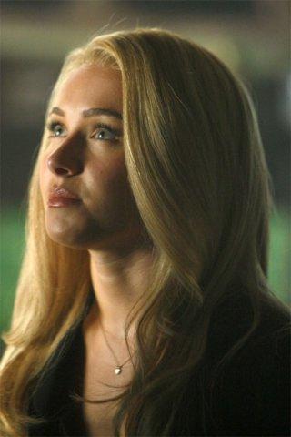 Hayden Panettiere in una scena tratta da A Clear and Present Danger, terza stagione di Heroes