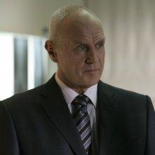 Alan Dale in una scena dell'episodio 'Reset' della serie tv Torchwood