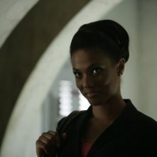 Freema Agyeman  in una scena dell'episodio 'Reset' della serie tv Torchwood