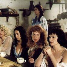 Federica Lenzi con le altre protagoniste del film Casa Eden