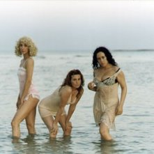 Federica Lenzi in una scena del film Casa Eden