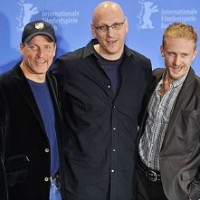 Woody Harrelson, Ben Foster e Oren Moverman presentano al 59esimo Festival di Berlino il film The Messenger