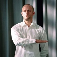 Jürgen Vogel in una sequenza del dramma L'onda (Die Welle, 2008)