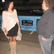 Betty Ouyang con l'attore Mark Boone junior al Los Angeles Film Festival, nel 2008