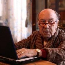 Enzo Cannavale in una scena dell'episodio 'La testa a posto' del film I mostri oggi