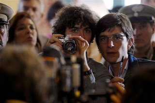 Michele Riondino e Libero De Rienzo in una scena del film Fortapàsc