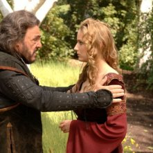 John Rhys-Davies e Leelee Sobieski in una scena di In the Name of the King