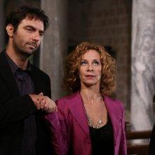 Neri Marcorè e Carlotta Natoli in una scena dell'episodio Ti lascerò di Tutti pazzi per amore