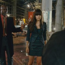 Djimon Hounsou e Camilla Belle in un'immagine del film Push