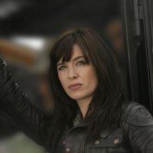 Eve Myles in una scena della terza stagione di Torchwood