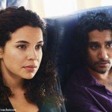 Zuleikha Robinson e Naveen Andrews nell'episodio 316 di Lost