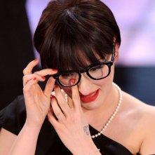 Arisa commossa all'annuncio della sua vittoria nella sezione 'Nuove proposte' del Festival di Sanremo 2009