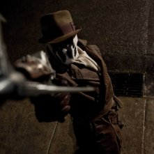 Jackie Earle Haley interpreta Rorschach nel film Watchmen, diretto da Zack Snyder