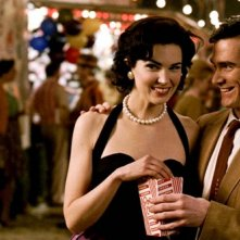 Laura Mennell e Billy Crudup in una scena del film Watchmen