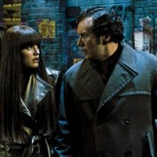 Malin Akerman e Patrick Wilson in un'immagine del film Watchmen