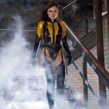 Malin Akerman in una scena del film Watchmen