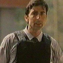 Mauro Leuce in una scena del film Cuore cattivo