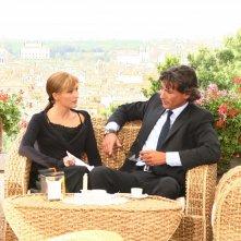 Chiara Conti e Roberto Farnesi in una scena di Butta la luna 2