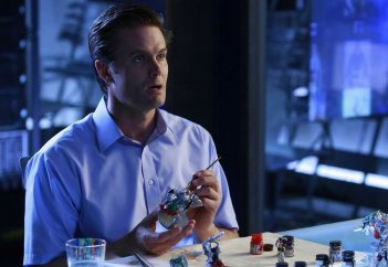Garret Dillahunt in una scena dell'episodio Today is the Day: Part 1 di Terminator: The Sarah Connor Chronicles