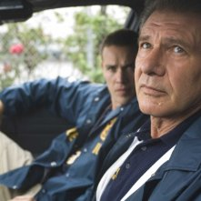 Jamison Haase e Harrison Ford in una scena del film Crossing Over